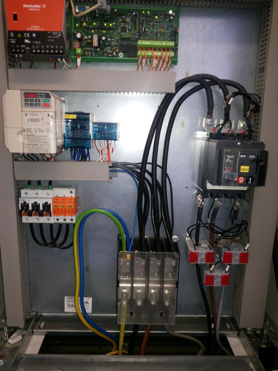 Tűzvédelmi szempontból is ellenőrizni kell a villamos hálózatot és berendezést